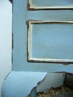 Juniper & Roses: Pretty Louis Blue Side Table