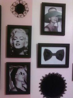 old hollywood room decor Old Hollywood Decor, Hollywood Glamour Bedroom, Hollywood Room, Hollywood Theme, Hollywood Regency, Vintage Hollywood, Diy Bathroom Decor, Bathroom Vintage, Bathroom Plants