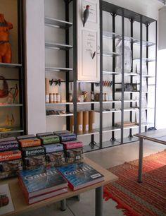 Interior Kmaleon Shop. #shop #art #barcelona