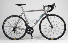 I love this.. Yummy. Firefly bikes.