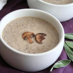 Brown Butter Mushroom Soup 12 Low-Carb Bowls Of Soup That'll Warm Your Soul This Fall Butter Mushroom, Creamy Mushroom Soup, Mushroom Soup Recipes, Keto Mushrooms, Creamed Mushrooms, Stuffed Mushrooms, Low Carb Soup Recipes, Keto Recipes, Cooking Recipes