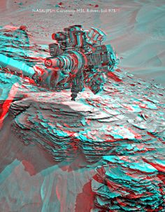 Curiosity's arm at work at Mt. Shields, sol 975 (3D)