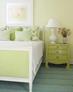 pretty bedroom Love this wall paper square frames in a gallery wall, white, black, and pink dining room Gray bedroom Bright & white. Green Rooms, Bedroom Green, Home Bedroom, Bedroom Decor, Green Walls, Shabby Bedroom, Shabby Cottage, Bedroom Colors, Bedroom Designs