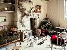 Collections by our beloved Zara Home are becoming more and more cozy and homely, without unnecessary ideal lines and glamour decor. So the new Christmas ✌Pufikhomes - source of home inspiration Zara Home Christmas, Noel Christmas, Christmas 2019, Zara Home Design, Opening Christmas Presents, Glamour Decor, Pallet Tv Stands, Home Decoracion, Zara Home Collection