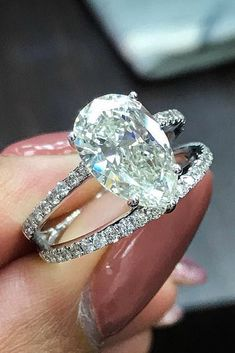 30 Excellent Wedding Ring Sets For Beautiful Women ❤️ wedding ring sets pear cut solitaire pave band white gold ❤️ More on the blog: https://ohsoperfectproposal.com/wedding-ring-sets/