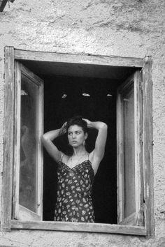 Ciao Bella - Monica Bellucci by Ferdinando Scianna, 1991