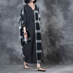 Buy Large Size Checkered Kaftan Dress Belted Cotton Linen Dress in Casual Dresses online shop, Morimiss offers Casual Dresses to make you feel comfortable Trendy Dresses, Simple Dresses, Casual Dresses, Fashion Dresses, Maxi Robes, Mode Hijab, Linen Dresses, Belted Dress, Shibori