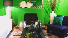 Hoje vamos contar como foi a inauguração que aconteceu em São Paulo no dia 23 de agosto com um coquetel para imprensa e convidados exclusivos da Primeira Mostra de Ambientes assinados por arquitetos renomados da L'oeil unidade Jardins. A L'oeil, em parceria com a Suvinil e a Tintas MC, convidou Débora Aguiar, Marco Aurélio Viterbo, Marina Linhares e a dupla Beto Galvez e Nórea de Vitto, grandes nomes do ramo de Arquitetura e Decoração para ambientarem toda a loja, cada um deles com seu…