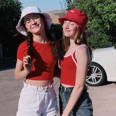 i thought it was fitting to celebrate the fourth with my favourite canadian Korean Best Friends, Boy And Girl Best Friends, Cute Friends, Annie, Best Friend Photography, Creative Instagram Stories, Best Friend Goals, Girl Swag, Cute Korean