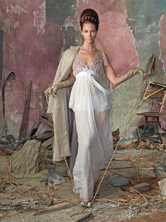 Vogue Italia Ju. 2010 - Christy by Steven Meisel  Model: Christy Turlington