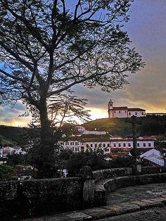 Ouro Preto sua linda! Nossa linda ponte ao lado do Marília & Dirceu - Culinária e Arte