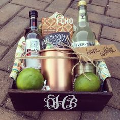 DIY Christmas Gift Basket Ideas for Raffles and Fundraisers Monogrammed Moscow Mule gift set Alcohol Gift Baskets, Alcohol Gifts, Wine Gift Baskets, Basket Gift, Christmas Gift Baskets, Diy Christmas Gifts, Xmas, Gin Gifts, Gift Baskets For Women