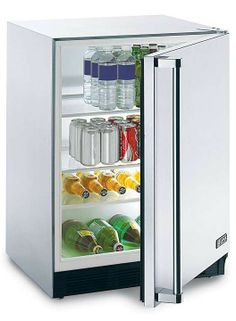 Enjoy cold refreshments while relaxing outdoors with the Lynx Outdoor Refrigerator with adjustable shelves for custom storage.