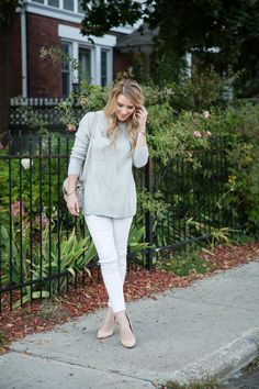 white pants outfit - white pants grey top - proenza schouler ps11 mini classic cross body bag - white pants and pumps - distressed white skinnies - spring outfit ideas