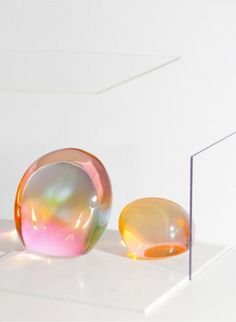 glass sculpture say hi to_ John Hogan x Charlie Schuck Wabi Sabi, Ana Kras, Tons Clairs, Toledo Museum Of Art, Deco Rose, Making Glass, Turbulence Deco, Glass Installation, Art Sculpture