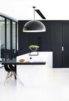 Mission Style Homes, Beach House Kitchens, Ball Chair, Black Kitchens, Kitchen Black, Contemporary Kitchen Design, Australian Homes, Home Interior Design, Monochrome