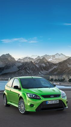 The classic, iconic and eye-catching Ford Focus RS Mk 2.5 Universal Phone Wallpapers/ Backgrounds Focus RS Sports Car Super Car Iphone | HTC | Samsung | Sony | LG | Huawei | Nokia | Google | Sports Car