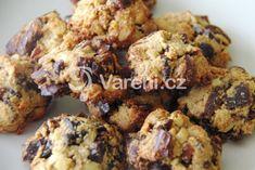 Recept na velmi dobré sušenky s datlemi a ovesnými vločkami. Cauliflower, Sweets, Healthy Recipes, Cookies, Meat, Chicken, Baking, Vegetables, Food