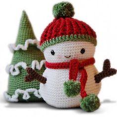Frosty the Snowman and Christmas Tree amigurumi crochet pattern by Pepika