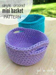 Crochet Simple Mini Basket – Free Pattern From Chunky Free Crochet Basket Patterns For Storage Crochet Unique, Crochet Simple, Crochet Diy, Crochet Gifts, Double Crochet, Single Crochet, Crochet Bags, Crochet Ideas To Sell, Crochet Basket Pattern
