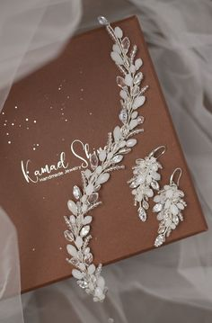 Wedding Hair Clips, Wedding Hair Flowers, Bridal Hair Pins, Wedding Hair Pieces, Headpiece Wedding, Bridal Headpieces, Bride Earrings, Wedding Earrings, Diy Hair Accessories