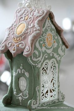 Gingerbread House. ||  ♡ THIS IS BEAUTIFUL! I WOULD LEAVE THIS OUT ALL YEAR!!!  ♥A***What a sweet birdhouse this would be!  A