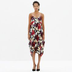 """Known for her muted palettes, handcrafted touch and downtown appeal, NYC-based designer Rachel Comey has a cult following worldwide—and is a favorite here at Madewell. This tropical-flavored floral dress will make you a fan too. <ul><li>True to size, nonwaisted.</li><li>Falls 43"""" from shoulder.</li><li>Silk/linen.</li><li>Dry clean.</li><li>USA.</li><li>Madewell.com only.</li></ul>"""