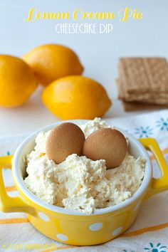 Lemon Cream Pie Cheesecake Dip: A dessert that has dippable portability with the perfect balance of tangy lemon and sweet, fluffy cream. #dessertdip #cheesecakedip