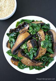 Savory portobellos with spinach, garlic, and tamari. An easy, satisfying side dish! (vegan, gluten-free)
