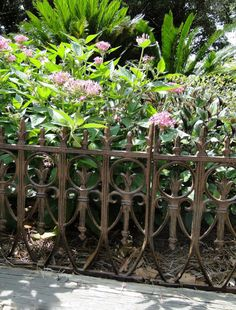Victorian Garden Fence HEAVY Antique Finish Old English Lawn Edging Aluminum