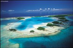 Silver Discoverer destination: Rangiroa, French Polynesia.