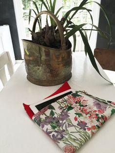 Printed Bags, Louis Vuitton Neverfull, Pretty In Pink, Cap, Tote Bag, Makeup, Baseball Hat, Make Up, Louis Vuitton Neverfull Damier