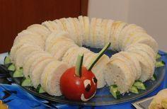 καναπεδακια για παιδικο παρτυ - Αναζήτηση Google Party Finger Foods, Snacks Für Party, Finger Food Appetizers, Appetizer Recipes, Cookbook Recipes, Diet Recipes, Cooking Recipes, Easy Recipes, Fingers Food
