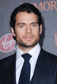 Henry Cavill! Yes Please!!