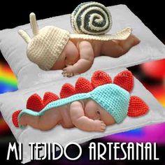 gorro-capa-cubre-bebe-tejido-al-crochet-16230-MLA20116511075_062014-O.jpg (500×500)