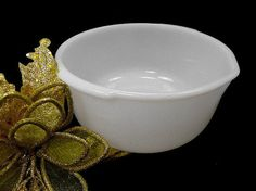 Sunbeam Mixing Bowl by Fire King by Chaseyblue on Etsy