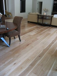The Difference between Solid Wood Floors & Engineered Wood Floors