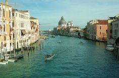 Oh my gosh I want to go to Venice so bad it's so beautiful