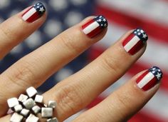 Memorial Day is United States federal holiday; people celebrate with it every year on last Monday in May. Here you will find best Memorial Day nail art designs. Nails And More, How To Do Nails, Hair And Nails, American Flag Nails, American Manicure, Do It Yourself Nails, Usa Nails, Nagellack Design, Patriotic Nails
