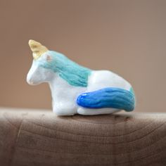 unicorn totem with ombre blue mane from le animalé http://www.leanimale.com/collections/doodles/products/le-demure-unicorn-totem-le-animale-doodles#