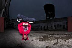 Java Marley in Red  Hoodie  Felpa | 100 % Algodão    Já conhecem o nosso Java Marley. Pois desta vez temos uma versão diferente. Esta camisola é um clássico, para os verdadeiros amantes da EarBOX.