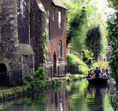 Canterbury, England (by | http://myfamouscastles.blogspot.com