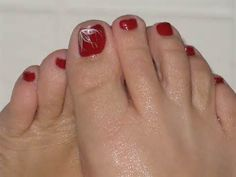 Red Pedicure Toes Design except with gold Pretty Toe Nails, Cute Toe Nails, Great Nails, Love Nails, Toe Nail Color, Toe Nail Art, Nail Colors, Pedicure Designs, Toe Nail Designs