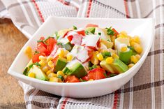 Ensalada de arroz basmati, ¡lo harás en un santiamén! 💪 #ensaladas #recetasdeensalada #ensaladadearroz #ensaladadearrozbasmati #arrozbasmati #recetasveraniegas
