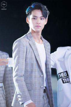 Resultat d'imatges de mingyu seventeen