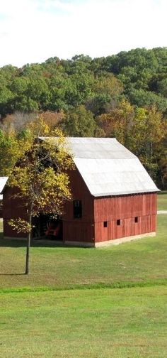 Beautiful Barn ..rh by roxie