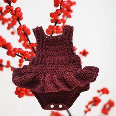 Beautiful, handmade romper with ruffle skirt. Made with soft Italian yarn in a cherry tweed color. Baby Ruffle Romper, Baby Rompers, Ruffle Skirt, Crochet Ruffle, Crochet Baby, Ava, Tweed, Stitches, Onesies
