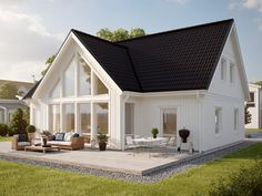 wall of windows, light colors, natural lighting. Residential Architecture, Architecture Design, Norwegian House, Bungalow Renovation, American Houses, Modern Farmhouse Exterior, Scandinavian Home, White Houses, House Goals