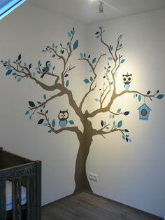 Muurschildering boom voor de babykamer of kinderkamer. Bekijk ook mijn Facebookpagina: https://www.facebook.com/esthersmuurschilderingen/