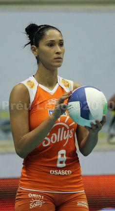 Brazil Volleyball, Beach Volleyball Girls, Volleyball Poses, Female Volleyball Players, Volleyball Shorts, Women Volleyball, Jaqueline Carvalho, Sport Girl, Female Athletes
